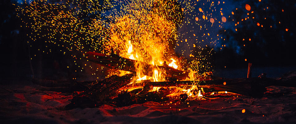best Bonfire With Pleasant Music in Barot